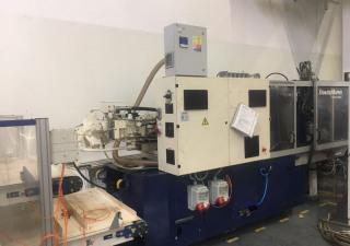 Krauss Maffei 150 - 700 C2 Injection molding machine