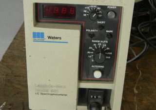 Millipore Waters Lambda-Max 481 LC Spectrophotometer