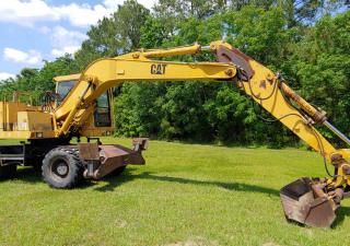 Caterpillar  214B Wheeled Excavator