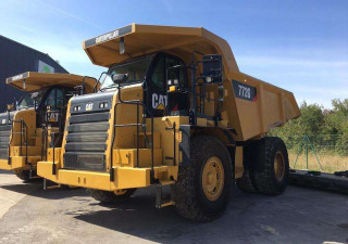 Dozers Caterpillar 772G Used
