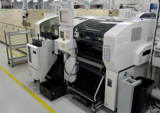 Panasonic CM602-L (Type D-0) Machine de placement multifonctionnelle (2012)