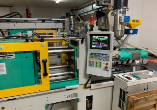 Arburg 320 K 700 250 Injection Molding Machine