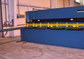 13′ X 1/2″ Adira/Americor Hydraulic Power Squaring Shear