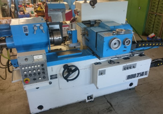TOS BDU 250A Internal Grinding Machine