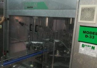 AUTOMATIC FILLING AND PACKAGING MACHINE FOR CHEESE AND CREAM IN CUPS