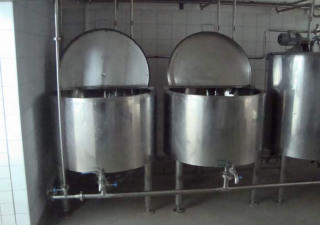 SMALL DAIRY - Equipment for filling milk and produce cheese,joghurt,sour cream and butter