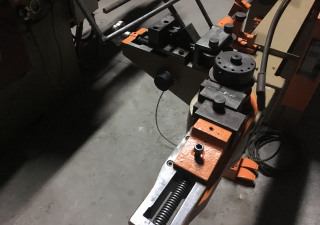 Brown Tube bending machine
