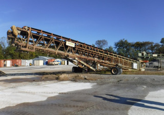 "2006 MARCO 36"" X 140' Tubular Truss Telescopic and Roadable Radial Stacker"