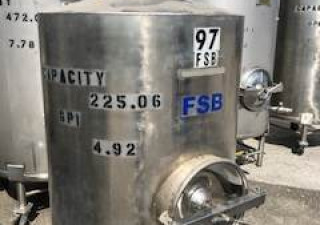 225 Gallon Stainless Steel Tank