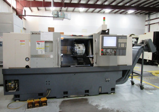 Okuma Genos L400E CNC Turning Center
