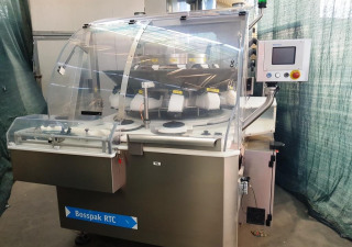 BOSSPAK ROMACO  MOD. RTC200/ SBE100 - Counting filling machine for tablets and capsules used