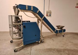 FIUMI SISTEMI  Mod. MEC 550 - Vertical sachet filling machine used
