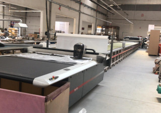 Lectra Vector Q25 Automatic cutting machine with 1250 WORKING Hours and Serkon Spreading Machine + Table