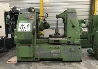 Pfauter P900 vertical gear hobbing machine