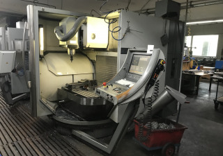 DECKEL MAHO DMU 60T - 3-axis machine