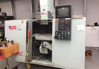 TOS F2V CNC - E Milling Machine