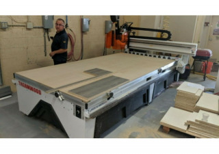 Used Thermwood Cs43 Cnc Router, 5′ X 10′ Table, New In 2016