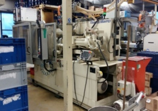 Kraussmaffei Km 110-390C2 Injection Molding Machine