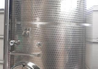Storage tanks outside marbled 1.000-10.000 liter