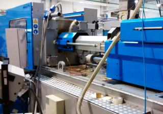 Bmb (Italy) MC270 Injection moulding machine
