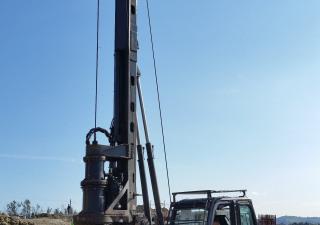 New piling / drilling rig  Tescar CF3