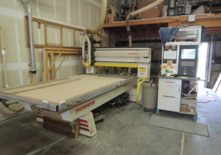 Routeur CNC Thermwood Cs40100 d'occasion, table 5 ′ X 10 ′, neuf en 2006