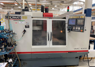 Cincinnati Arrow 1000 Vertical Machining Center With Fanuc 18I-M Control