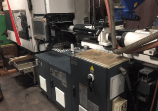 Milacron 125-Ton Servo Plastic Injection Molding Machine 2016