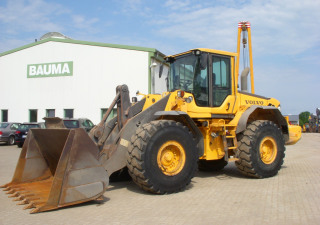 Volvo wheel loader type L 120 F