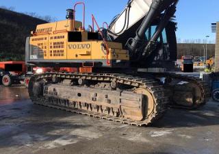 Komatsu VOLVO EC700CLME + VOLVO EC700CLME Excavators