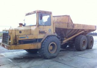 1990 CATERPILLAR D250B 6x6 articuled dump truck