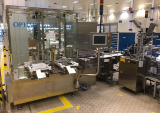 Optima M2412 tray loader for vials, injection and infusion bottles