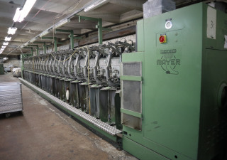 Yarn twisting machine Mayer - Coner