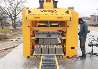 Vess Eco Concrete Block Machine