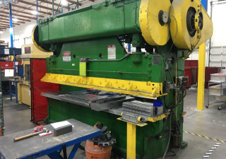 Brake Press – Verson 135 Ton, Mechanical (Portland, Or)