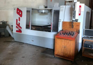 Centre d'usinage vertical Haas Vf-8/50 Cnc. Stock # 0954420