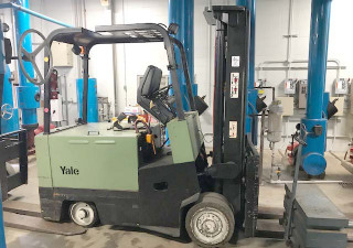 10,000 Lb Yale Electric Forklift Model Erc100