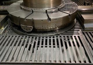 Cnc Gear Hobbing Machine - Liebherr Lc3002