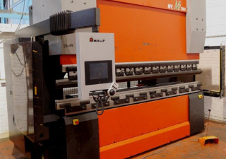 Amada HFE M2 1303 Press brake cnc/nc