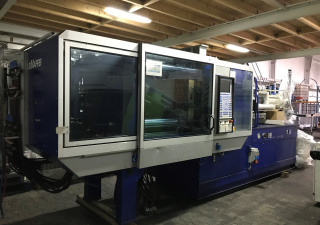 Krauss Maffei KM200-1000 C2 + Robot Wittmann W621 Injection moulding machine