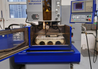 Wire EDM machine Accutex AU-300iA
