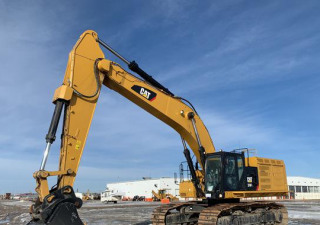 2017 Cat 374Fl Vg Track Excavator
