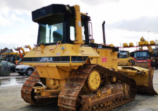 Dozers Caterpillar D6M Xl Used