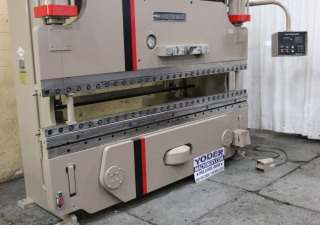 """90 tonnes X 10 'Cincinnati """"modèle comme"""" presse plieuse hydraulique"""