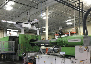 Used 750 Ton Engel Es10000/750Wp Injection Molding Machine