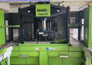 Engel INSERT 330H-70 Schiebetisch Injection moulding machine