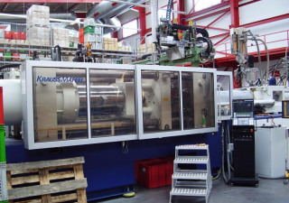Krauss Maffei KM 420-3000 B2 Injection moulding machine