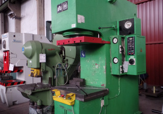 WMW Zeulenroda PYE 160 S1/M Hydraulic Single Column Press