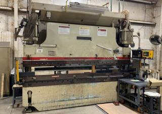 Presse-plieuse Cincinnati 230 tonnes X 12 '
