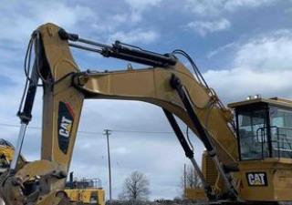 2015 Cat 6015 Track Excavator